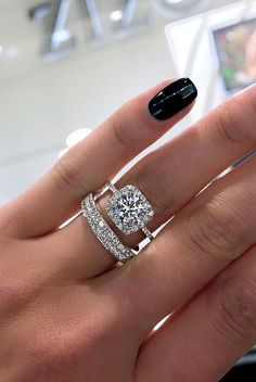 Love the engagement ring! Not so much the wedding band...