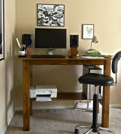 Build your own stand up desk sounds great especially for you who are now money efficiency. Standing your own desk is cheaper than buying one that is made professionally. You can also get more benefits if you build up your own standing desk. Diy Standing Desk, Pc Table, Unique Desks, Stand Up Desk, Best Desk, Home Office Desks, Ikea Office, Office Decor, Diy Desk