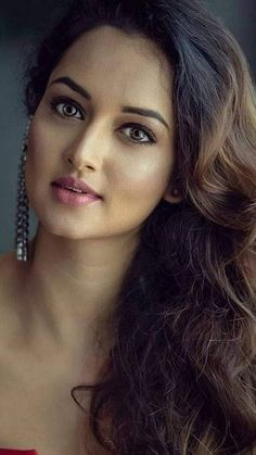 women ladies womens fashion lady woman DIY videos tutorial make lipstick makeup lover cosmetics lips eyes looks divas Most Beautiful Faces, Beautiful Girl Image, Beautiful Gorgeous, Beautiful Women, Beautiful Bollywood Actress, Most Beautiful Indian Actress, Beautiful Actresses, Beauty Full Girl, Cute Beauty