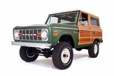"""The 1974 Ford Bronco Gets Reimagined With """"Woody"""" Edition 