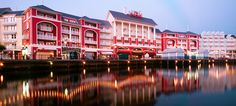 Disney's BoardWalk Inn is a Disney Deluxe Resort that captures the charm, whimsy and elegance of 1940s Atlantic City. Sitting along a boardwalk packed with amusements, the Resort offers dynamic views of activity below and of the glittering waters of Crescent Lake.