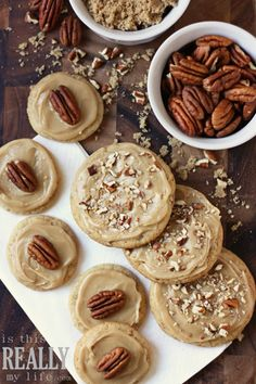 Make Brown Sugar Pecan Cookies -- perfect for Holiday baking - The good stuff - HAPPY Holidays — Brown Sugar Pecan Cookies… somebody make these for thanksgiving! Brown Sugar Frosting, Make Brown Sugar, Brown Sugar Cookies, Pecan Cookies, Yummy Cookies, Maple Frosting, Sweet Cookies, Holiday Baking, Christmas Baking