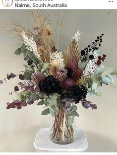 Types Of Flowers, Fake Flowers, Diy Flowers, Beautiful Flowers, Wedding Flowers, Dried Flower Arrangements, Floral Centerpieces, Art Floral Japonais, Deco Floral