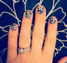 Black & white floral nail art design mani pedi dyi non toxic usa buy3get1