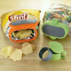 No more stale chips or cereal! Bag clip shut sealing lid - genius! #product_design