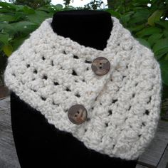Crochet neck warmer, very soft, warm, non bulky with two button closure. #crochet #neckwarmer #soft #warm $25.00