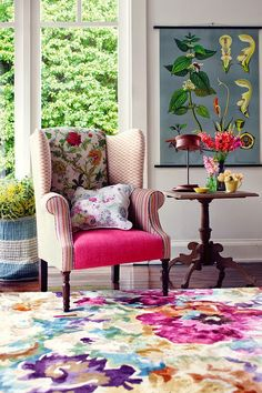 Eye For Design: Decorating With Bold Floral Rugs