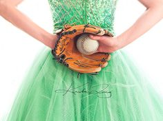 cute picture. Would be great to get a shot like this of an athletic bride and something that represents her sport.