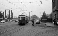 1975 Wien - Wiener Verkehrsbetriebe: Ein Zug der SL 71 (b 1423 + B) vor dem Bahnhof (= Straßenbahnbetriebsbahnhof) Simmering in der Simmeringer Hauptstraße (Allerheiligen 01.11.1975).☺