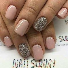 23 Elegant Nail Art Designs for Prom 2018 – The Best Nail Designs – Nail Polish Colors & Trends Nude Nails With Glitter, Shellac Nails Glitter, Glitter Accent Nails, Pink Sparkles, Acrylic Nails For Summer Glitter, Summer Beach Nails, Fall Gel Nails, Gold Glitter, Gomme Laque