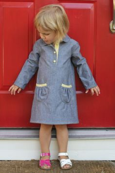 O+S Jumprope dress - love the simplicity of chambray fabric with pop of color at placket, buttons and binding with topstitching in matching yellow