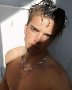 River Viiperi, Soul Artist Management, Soul Artists, Never Give Up, Pearl Necklace, Photography, Instagram, 911 Emergency, Queen
