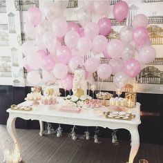A very simple beautiful balloon Backdrop behind a table or for A photo booth. Baby Shower Parties, Baby Shower Themes, Baby Shower Decorations, Balloon Backdrop, Balloon Decorations, 1st Birthday Parties, Girl Birthday, Decoration Table, Girl Shower