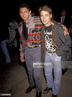 Lou Diamond Phillips and Jason Priestley at the Premiere of 'City Slickers', Mann's Chinese Theatre, Hollywood.