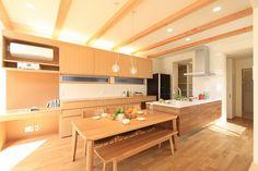 内観集 ~ダイニング・キッチン~ Japanese Modern House, Japanese Design, Living Room Kitchen, Dining Room, Condo Design, Kids Bedroom, Kitchen Design, New Homes, Muji