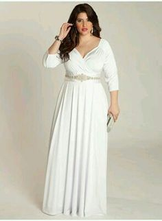 Wedding Gown Breathtakingly beautiful Grecian gown in pure white will make your special day Plus Size Wedding Gowns, Plus Size Gowns, Plus Size Outfits, Bridesmaid Dresses Plus Size, Simple Wedding Dress With Sleeves, Dresses With Sleeves, Curvy Fashion, Plus Size Fashion, Grecian Gown