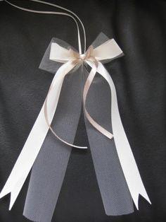 sch ne schleifen binden mit anleitung hochzeit schleife binden schleife und binden. Black Bedroom Furniture Sets. Home Design Ideas