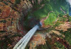 Cascada Salto del Ángel en Venezuela