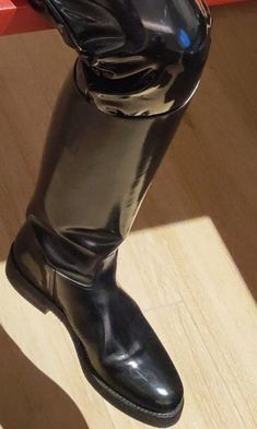 Pvc Trousers, Boot Types, Tall Boots, Kinky, Different Styles, Rubber Rain Boots, Heeled Boots, Handsome, Heels