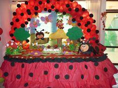 tortas decoradas con vaquitas de san antonio - Buscar con Google