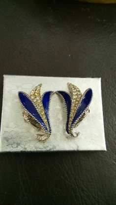 Check out this item in my Etsy shop https://www.etsy.com/it/listing/252438821/ciner-earrings-swarovski-diamonds-blue