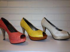 lindas plataformas despuntadas en colores de moda