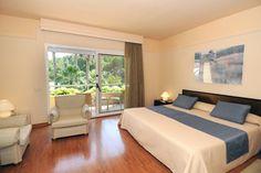 Hotel Sa Punta #Pals #CostaBrava Bed, Furniture, Home Decor, Restaurants, Decoration Home, Stream Bed, Room Decor, Home Furnishings, Beds