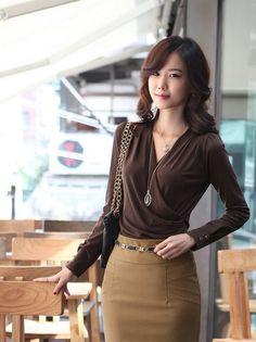 Women Sexy V-Neck Long Sleeve Cotton Top Blouse T-Shirt