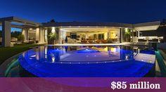 Bervelly Hills : Markus Persson s'offre la villa que Jay-Z et Beyoncé voulait Beyonce Et Jay Z, Candy Room, Beverly Hills Mansion, Mundo Dos Games, Modern Pools, Modern Mansion, Belle Villa, Expensive Houses, Sweet Home