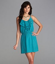love this teal dress:)
