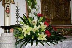 Image result for arranjos florais para igrejas com rosas