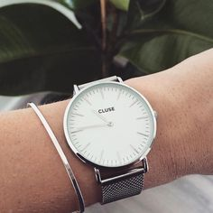 "CLUSE on Instagram: ""Great shot by @nikkileeyen #CLUSE #watch #mesh #silver #minimal #blogger #fashion #style"""