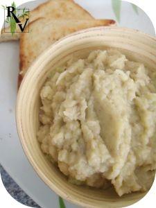 C'est un classique propre à de nombreux pays: Arménie (patlatchan), Roumanie (salată de vinete), Turquie (patlıcan salatası), Bulgarie (kyopolou), Grèce (mélitsano salata), Jordanie (baba ganousch), Liban (mtabba ou moutabal). C'est la seule préparation...