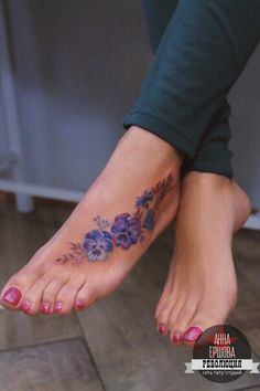 Flower tattoo on foot new faculty by Anna Ershova - Tattoos Cute Foot Tattoos, Sweet Tattoos, Pretty Tattoos, Beautiful Tattoos, Body Art Tattoos, Hand Tattoos, Watercolor Foot Tattoo, Floral Foot Tattoo, Small Tattoo Foot