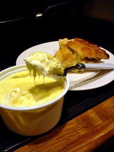Bloggang.com : Hamilton - Afternoon Tea เวลาน้ำชายามบ่ายของชาวอังกฤษ
