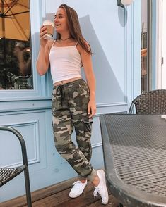 Plunder, new generation styles cool and trendy visual appeal or method. Need to outfit like a swaggy? Lazy Day Outfits, Swag Outfits For Girls, Basic Outfits, Sporty Outfits, College Outfits, Classy Outfits, Spring Outfits, Girl Outfits, Cute Outfits