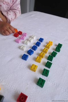 Set up a quick LEGO counting fun with a few simple LEGO bricks! Kids love to learn to count when you use interest based activities.
