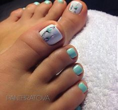 The advantage of the gel is that it allows you to enjoy your French manicure for a long time. There are four different ways to make a French manicure on gel nails. The choice depends on the experience of the nail stylist… Continue Reading → Pretty Toe Nails, Cute Toe Nails, My Nails, Cute Toes, Pastel Blue Nails, French Pedicure, Manicure E Pedicure, White Pedicure, Toe Nail Art