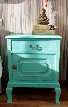 muebles vintage restaurados - Buscar con Google Mint Color, Color Menta, Vintage Shabby Chic, Repurposed Furniture, Bedroom, Table, Dressers, Diana, Balloons