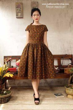 Fashion Chic Classic Midi Skirts 55 New Ideas Casual Dresses Plus Size, Dresses For Teens, Trendy Dresses, Fashion Dresses, Batik Kebaya, Batik Dress, Amarillis, Batik Fashion, Frocks For Girls