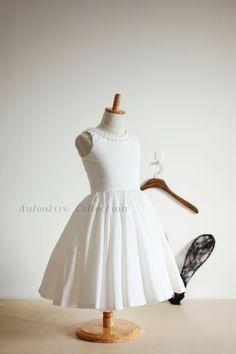 D'inspiration vintage robe Ivoire coton fille fleur robe bébé fille bambin avec boutons