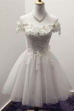 Elegant White Off-shoulder Tulle lace up Bowknot Appliques Homecoming Dresses M308  #Formaldresses #Ombreprom #Partydresses #promgowns #Promdresses #weddingdresses #everningdresses