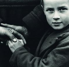 Irlandeses, 1954. #Fotografía Dorothea Lange @Qomomolo   © Dorothea Lange Collection