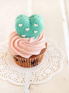 Heart Polka Dot Macarons & Vanilla Bean Blueberry Cupcakes