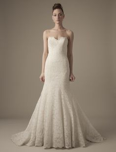Dennis Basso: Sweetheart Mermaid Wedding Dress with No Waist/Princess Seams in Lace. Bridal Gown Style Number:32598351