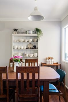 A Jewelry Maker's Vintage Modern Mix in Australia — House Tour