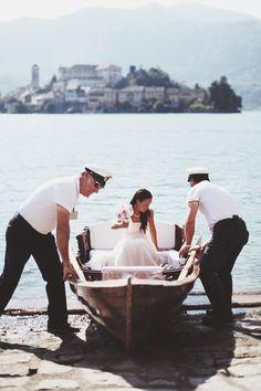 Paola Colleoni | paolacolleoni.com #lake #wedding #love #bride #boat