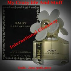 Marc Jacobs Daisy  Daisy Eau de Toilette Spray Giveaway (International)  at My crazy life and stuff blog!*