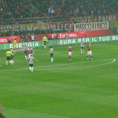 Milan - Juventus  In area    https://www.facebook.com/photo.php?fbid=351453811619552=a.351453548286245.74663.104841186280817=3