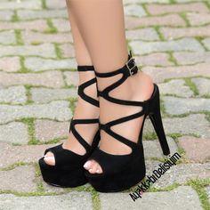 Abiye ayakkabı modellerimize ulaşmak ve satın almak için hemen tıklayınız. siyah platform ayakkabı, platform topuklu ayakkabı, ince topuklu ayakkabı, yüksek topuklu ayakkabı, topuklu ayakkabı modelleri, kadın ayakkabı, topuklu ayakkabı modelleri